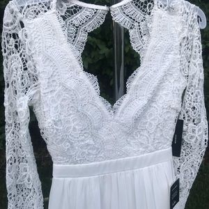 Lulu's white lace sleeve maxi